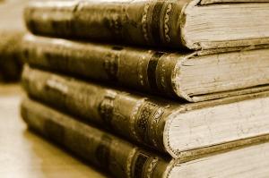 book-701758_640
